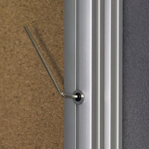Gablota jednoczęściowa lakierowana suchościeralna i magnetycznawewnętrzna 60x90